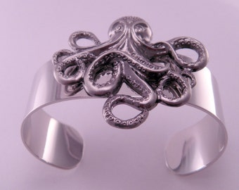 Underwater Sea Adventure Octopus Cracken Wrist Cuff Bracelet