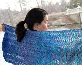Knitting Pattern for Onda Shawl in Koigu KPPPM