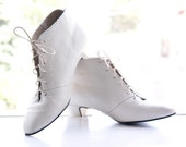 Vintage White Gatsby Ankle Boots Leather Sz 8 M