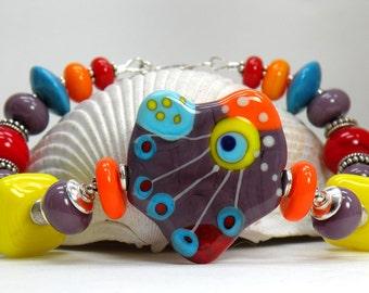 RAZZLE DAZZLE Handmade Lampwork Bead Bracelet