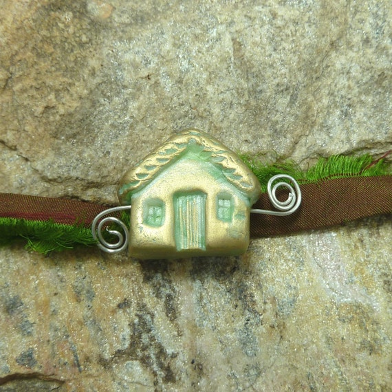 Cottage Bead -Home Sweet Home Bead - Lime Green - Antiqued  with Gold