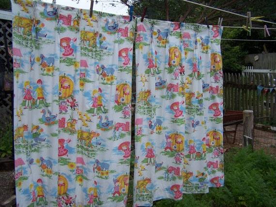 Vintage 1950s Nursery Rhyme Curtains / Vintage Child's Room Curtains