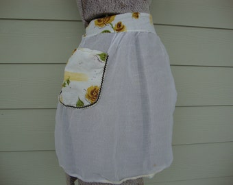 Vintage 1950s Sheer Hostess Half Apron with Yellow Tea Roses and Rick Rack