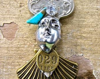 Miniature Art Doll Brooch OOAK   tateam  1983