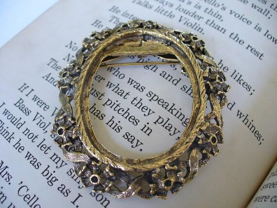 Vintage Frame, Brooch, Gold, Pendant
