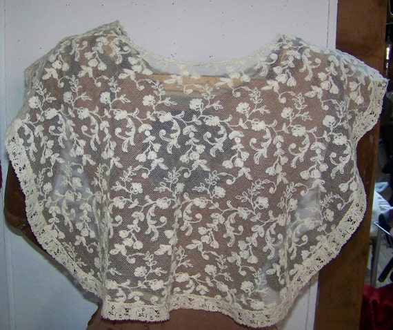 VINTAGE Large Net Embroidered COLLAR Flowers