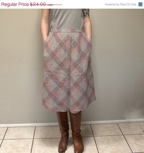 Vintage 70s High Waisted Plaid Wool A-Line Skirt