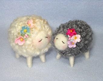 Wool LAMB Class Tutorial Needle Felted Animal Tutorial / Needle Felted Pattern / Needle Felted Lamb / Needle Felting / Wool Roving