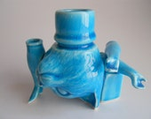 Blue Cat Head Vessel