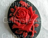 Red Red Rose 40X30 Portrait Cameo