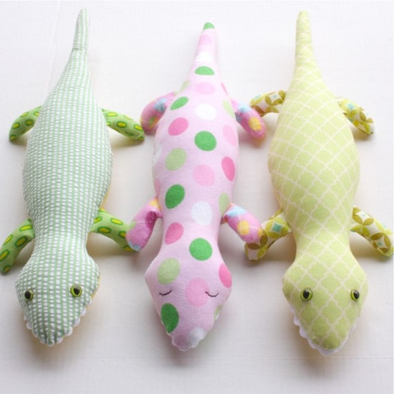 SALE Griffin Gator PDF Doll Pattern