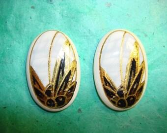 Vintage Porcelain Glazed Cabachon