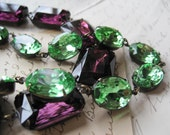 "Light Green Statement Necklace, greenery statement necklace, georgian collet, august birthstone necklace, anna Wintour. ""Spring Glen"""