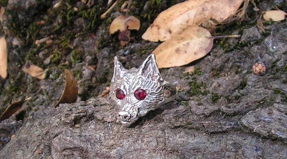 Sterling Silver Fox Ring With Garnet Eyes