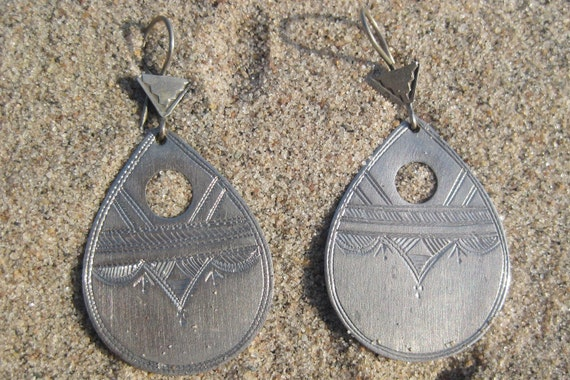 Old Silver Teardrop Etched Earrings