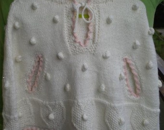 The most beautiful hooded poncho for your BabyGirl - 9-18 months