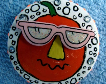 FL Pumpkin Pin for Halloween with PINK Sunglasses