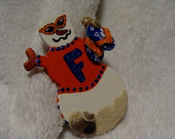 Gator's Fan Holiday Pin ..... Support your college team .... GO GATORS