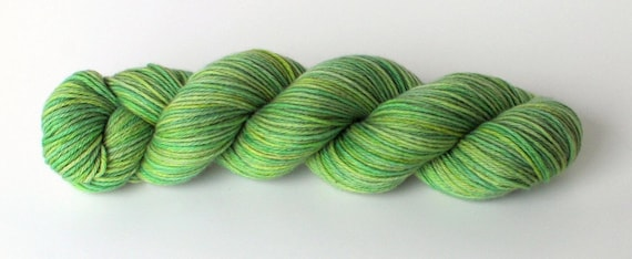 Green Fig, cashmere sport weight, Yarn Chef Souffle Sport N2 LAST SKEIN