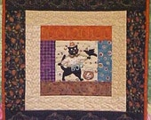 Halloween Cat Wall Hanging 17 x 17 - Custom Quilted
