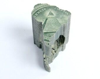 Southamerica ring in dollar bills