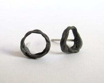 Zopf earrings circle pins dark