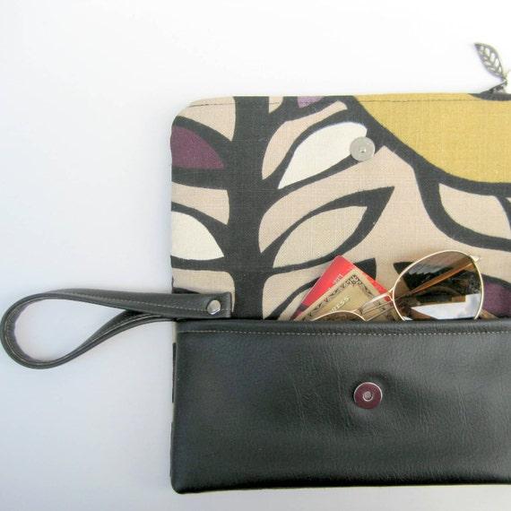 Wallet Wristlet of Leafy Forest Linen in Black, Tan, Purple