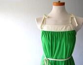 Classic vintage Jersey Sundress . Spaghetti Strap Tie . Belt . Green Grass and Cream . s m l