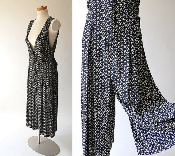 1980s Jumpsuit . vintage grunge Romper . black and white calico print . Rayon Drape . S M L