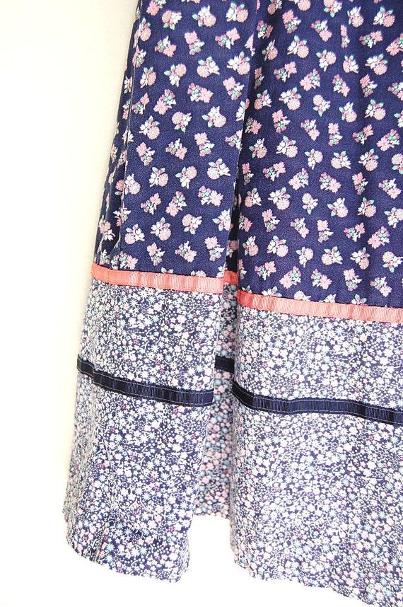 vintage Skirt . Cotton Calico Skirt . Navy Blue . Prairie Skirt . High Waist . Handmade . grosgrain ribbon . ooak boho hippie