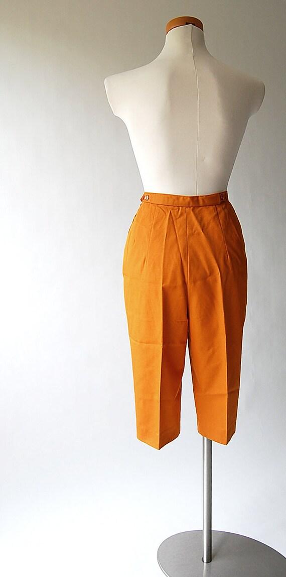 1960s Shorts . vintage High Waist Shorts . Woven Cotton Twill . Long . Pumpkin . Tapered Walking Shorts . M L