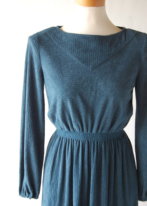 Adorable vintage Dark Teal Ribbed Textured Comfy Knit Dress . xs s