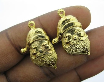 Only 8 Sets In Stock-4 Vintage Gold Over Brass Santa Claus Charms