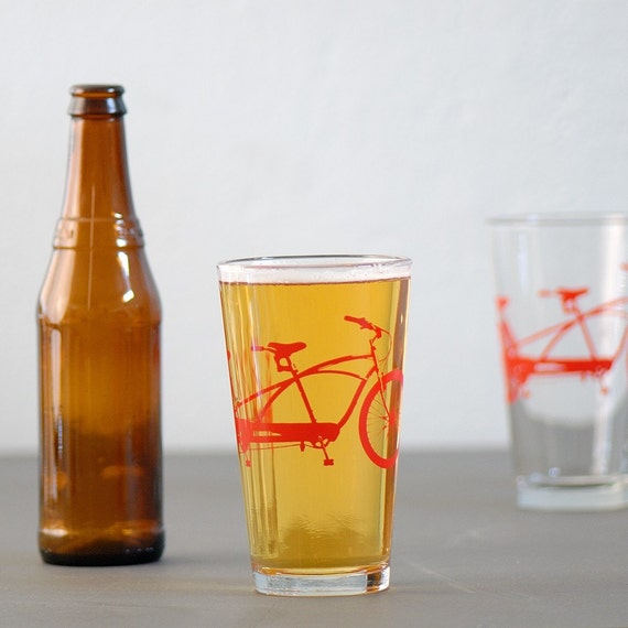 4 tandem bike pint glasses, red bicycle
