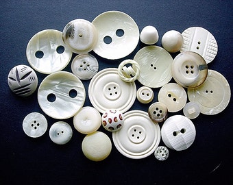 Big Lot of Various Vintage Buttons
