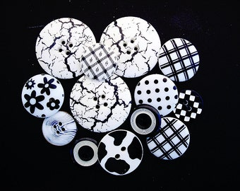 Neat Lot of Various Vintage and Modern Black and White Plastic Buttons