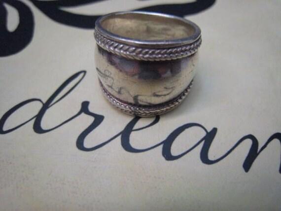 Vintage Hammered Sterling Silver Wide Cigar Band Ring