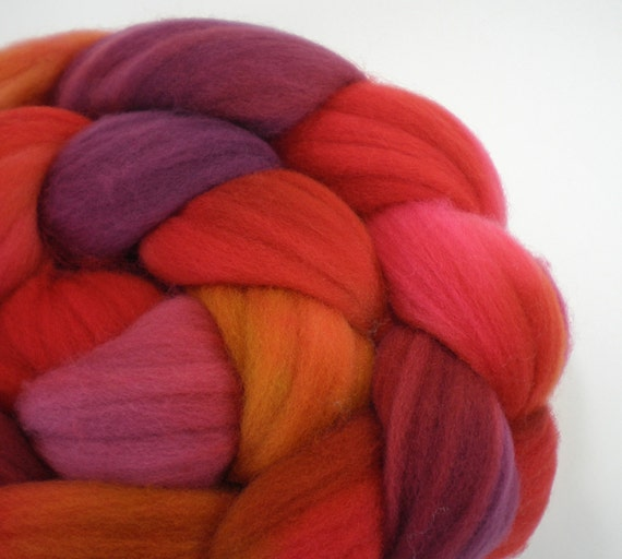 hand dyed roving merino superwash wool top spinning fiber HEIRLOOM TOMATO 4 oz.