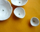 Nested Mini-Bowls with Leaf (KISS - Snow White)