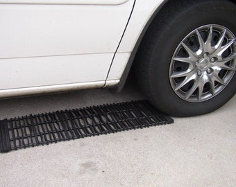 Traction Mat set Made From Recycled Tires