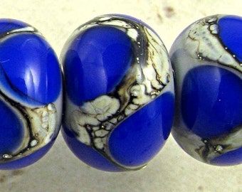 Lampwork Glass Bead Set of 6 Silvered Ivory Web Small 11x7mm Cobalt Blue on Gray