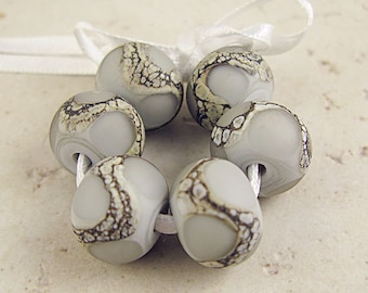 Lampwork Glass Beads, Handmade Set of 6 Gray Etched 14x11mm Organic Webbed Silvered Ivory, Pearl Gray Velvet