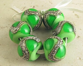 Lampwork Glass Bead Set of 6 Handmade Webbed Silvered Ivory 14x11mm Grass Green