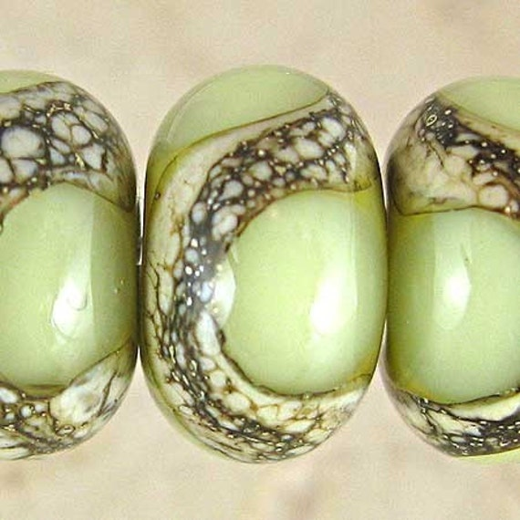 Green Glass Lampwork Beads Set of 6 with Webbed Organic Details 11x7mm Pistachio