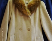 MAKE AN OFFER - Classic Vintage 1970's Dress Coat with Fur Collar