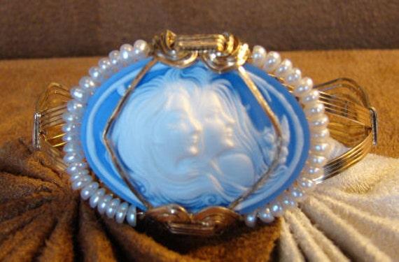 Blue Molded Resin Cameo set in 14K Rolled Gold Bangle Bracelet