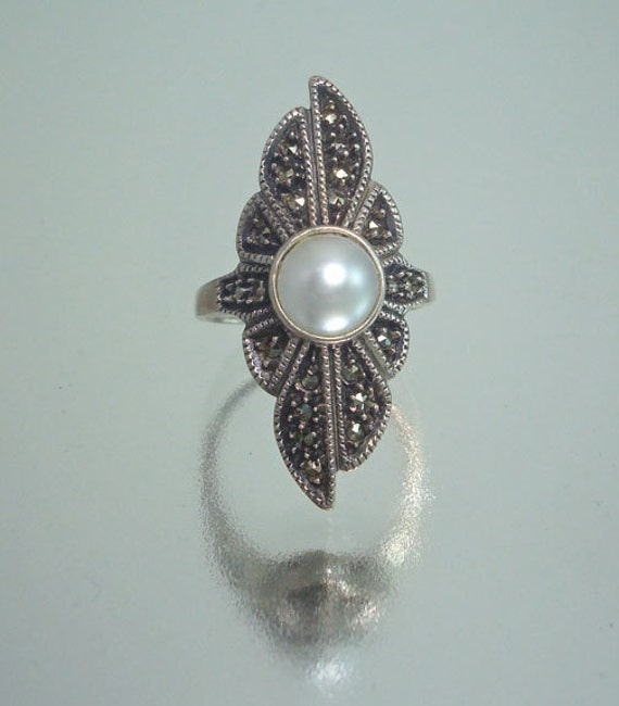 Vintage Sterling Silver Marcasite and Faux Pearl Ring