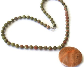 Olive Green Unakite Beaded Necklace Big Crab Fire Agate Pendant Fall Jewelry