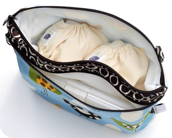 Medium Double Pocket Wet Bag / Adjustable and Removable Strap / Blue Monaluna Hens Birds  / Diapers / Gym / Swim / SEALED SEAMS