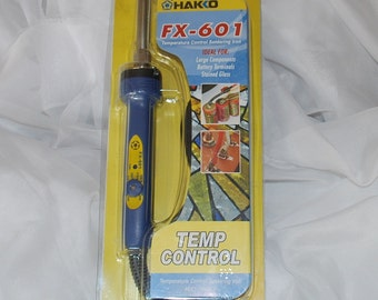 "Hakko FX-601 Soldering Iron with Temperature Control on Handle Small 3/16"" Tip for pendants Lightweight, Efficient heating, ( LOW SHIPPING )"